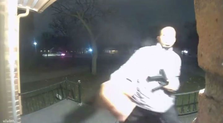 Homeowner catches man with gun ringing her doorbell on video