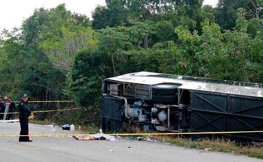 Mexico bus crash kills 11 tourists including foreigners